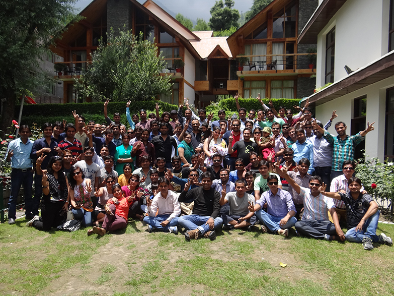 Sparx IT Solutions Employee Group for Manali trip